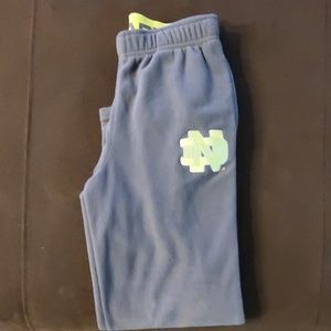 Boys size 7 under armour fleece sweats
